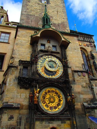 @pink.turtle.blog/ L'horloge astronomique (Prague)