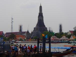 Wat Arun et rivière Chao Phraya