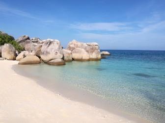plage de Teluk Keke, Besar @pink.turtle.blog
