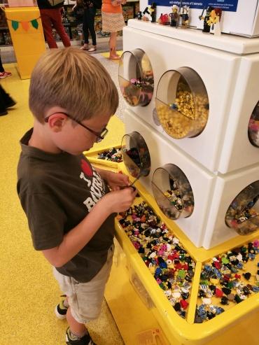 Lego Store 1