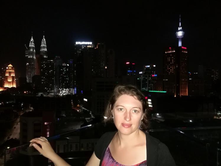 sur le toit de notre hôtel (by night!)