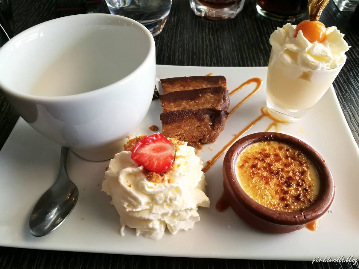 "Café gourmand du ""16"" @pink.turtle.blog"