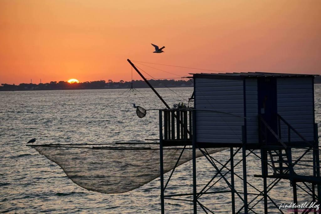 Lever de soleil, front de mer, St Nazaire @pink.turtle.blog