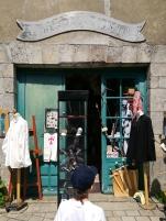 @pink.turtle.blog/ Boutique d'accessoires de chevalier (Guérande)