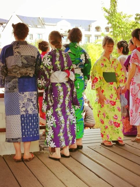 @pink.turtle.blog/ défilé kimonos
