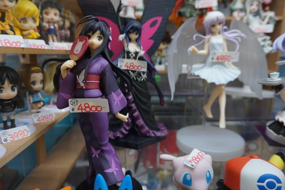 Akihabara, magasin de figurines/ @pink.turtle.blog