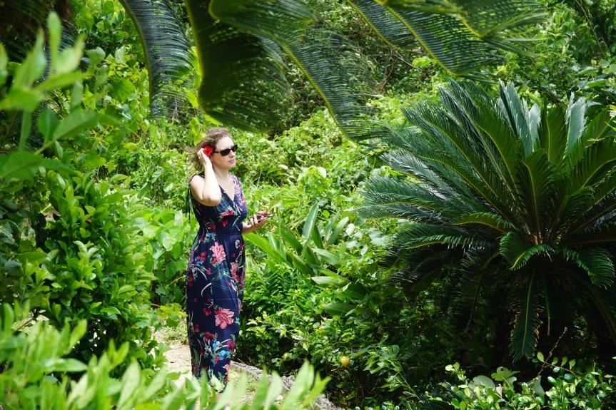 Kabira Bay/ @pink.turtle.blog