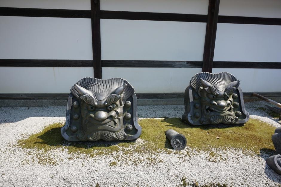 Entrée du jardin, temple Tenryu-ji/ @pink.turtle.blog