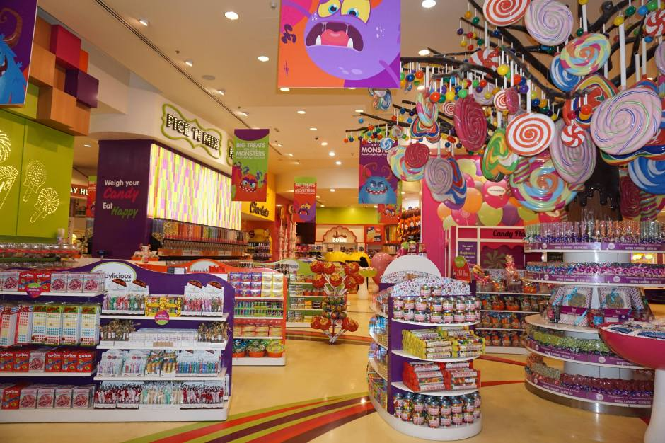 Le plus grand magasin de bonbons du monde, Dubaï Mall/ @pink.turtle.blog