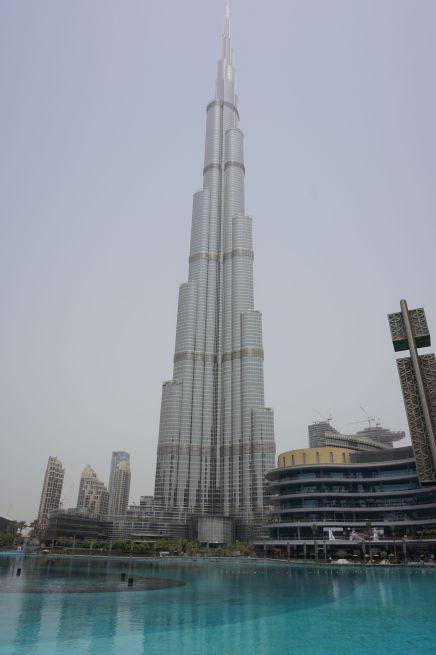 Le Burj Khalifa/ @pink.turtle.blog