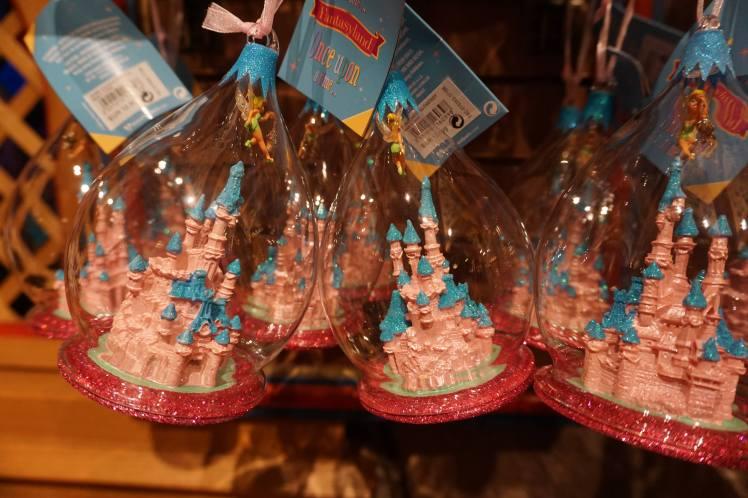 """Boules"" de Noël, Disneyland"