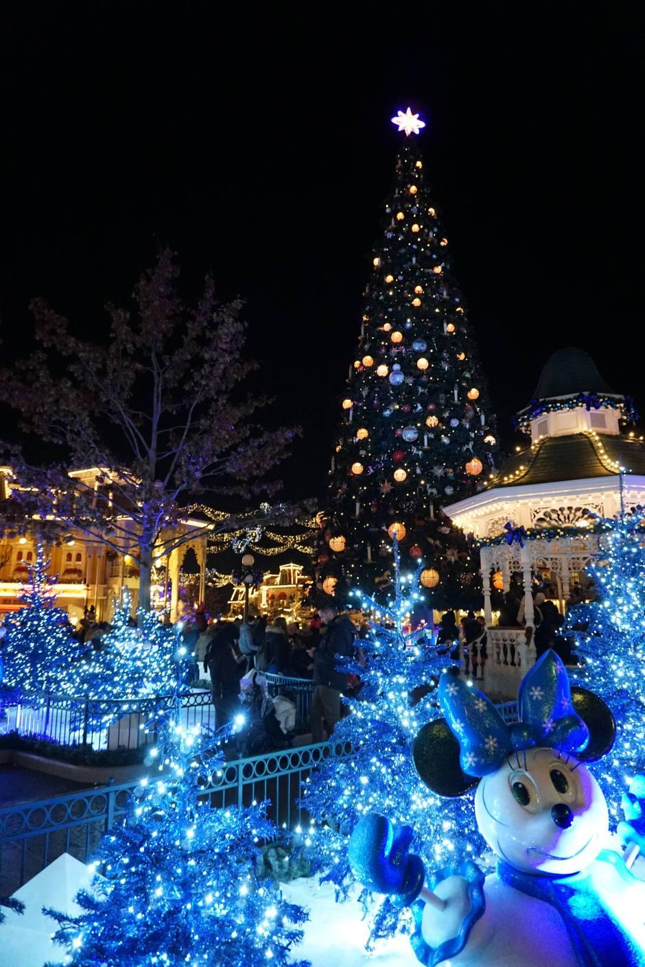 Grand Sapin, entrée du parc Disney
