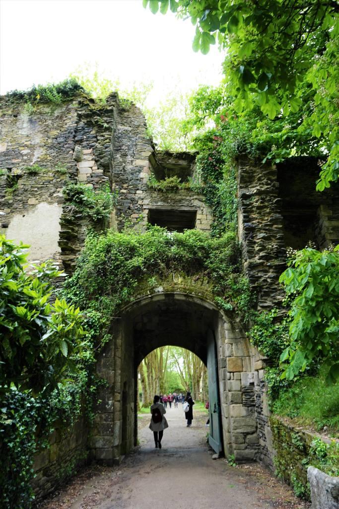 Château de Rochefort-en-terre @pink.turtle.blog