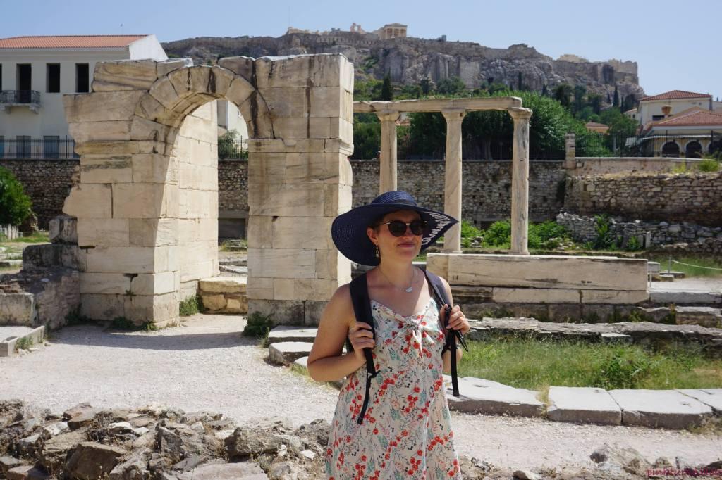 Biblothèque d'Hadrien, Athènes @pink.turtle.blog