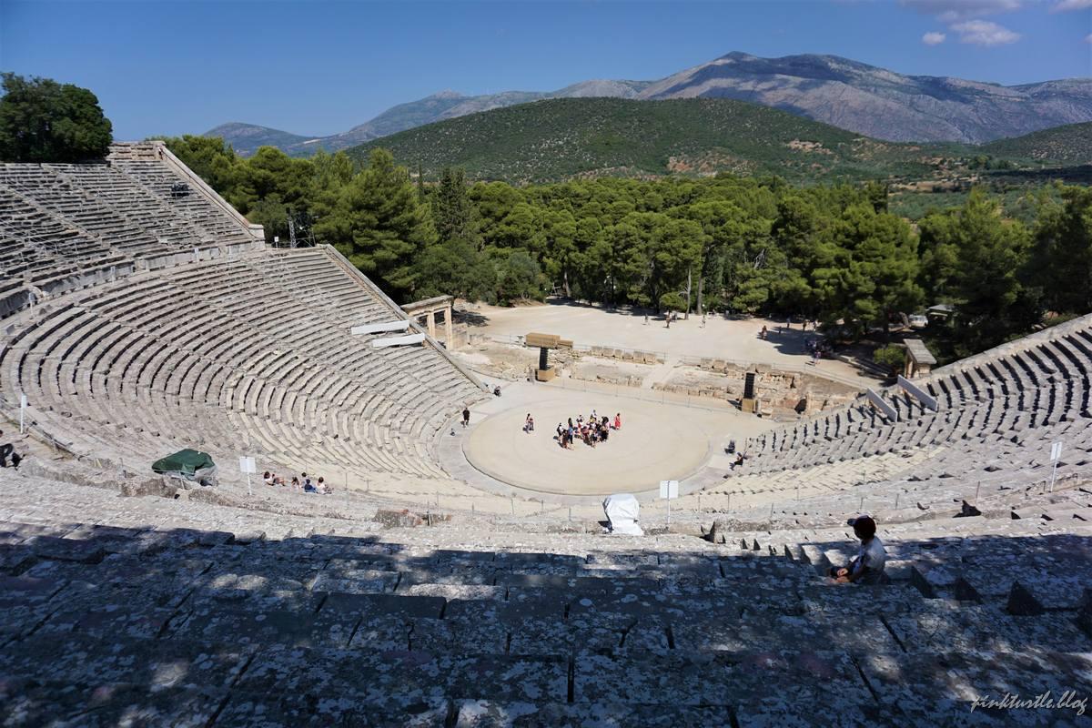 Théâtre d'Epidaure @pink.turtle.blog