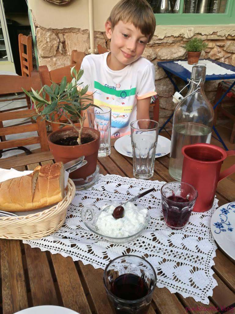 Restaurant de la Plaka, Athènes @pink.turtle.blog