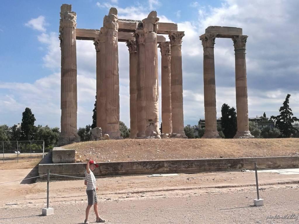Temple de l'Olympéion, Athènes @pink.turtle.blog