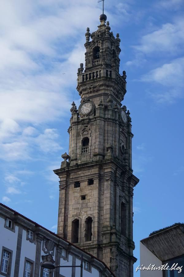 La tour des clercs, Porto @pink.turtle.blog