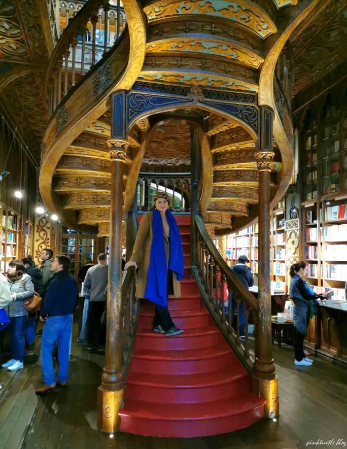 Librairie Lello, Porto @pink.turtle.blog