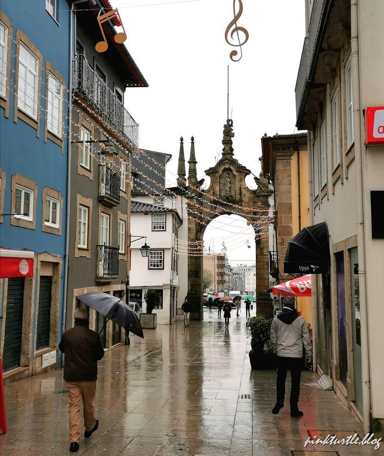 Porta Nova, Braga @pink.turtle.blog