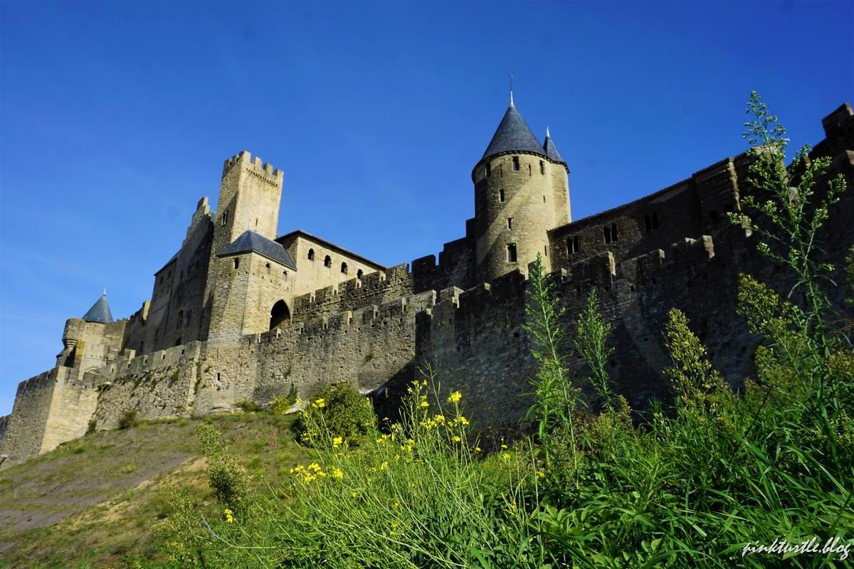 Cité médiévale de Carcassonne @pinkturtle.blog